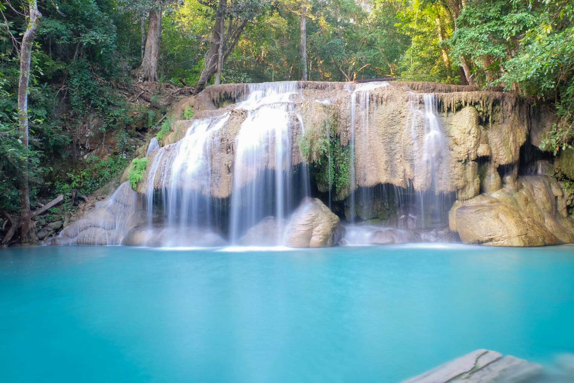 tum-travel-Erawan Waterfall
